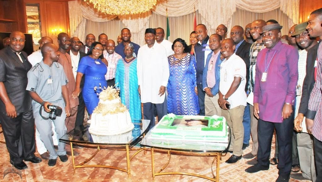 1 323 Photo Gallery: Pres. Jonathans 57th birthday thanksgiving at the Villa