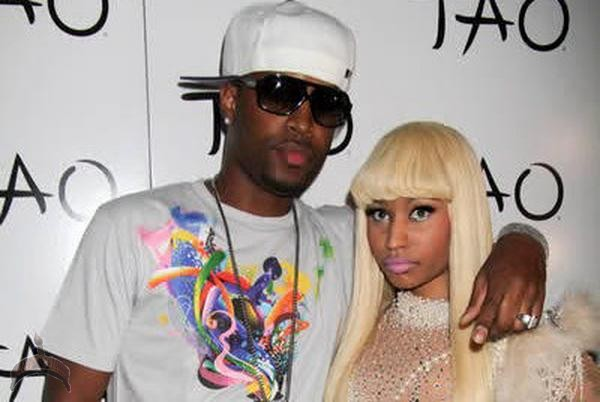 nicki Nicki Minaj Smashes Former BF Mercedes Benz With A Baseball Bat