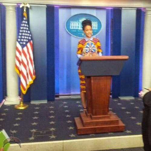 ririr 1 Photos: Rihanna rocks lovely Ankara dress to White House