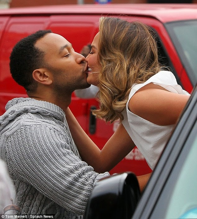 1 110 So John Legend Kisses Wifes Milk Jugs and wife Kiss in Public.
