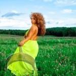 1 2 150x150 Singer Nenjazi releases super hot photo shoot