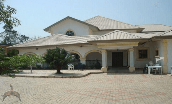 Image gallery naija houses for Beautiful house designs in nigeria