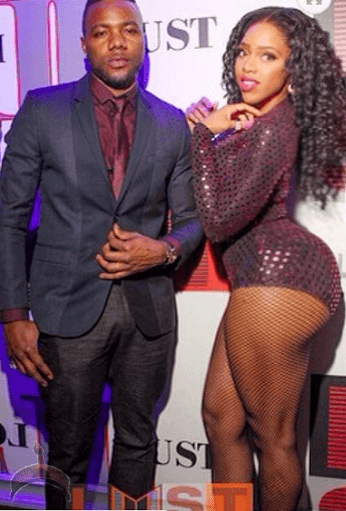 416 Pics: Tracy Ogbonna & her big butt rock New York night club