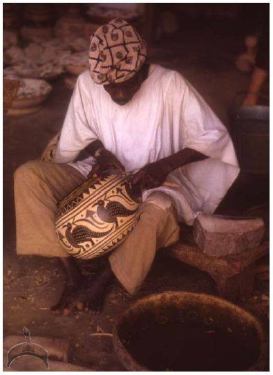 cala The calabash carver: What is the Yoruba name for calabash?