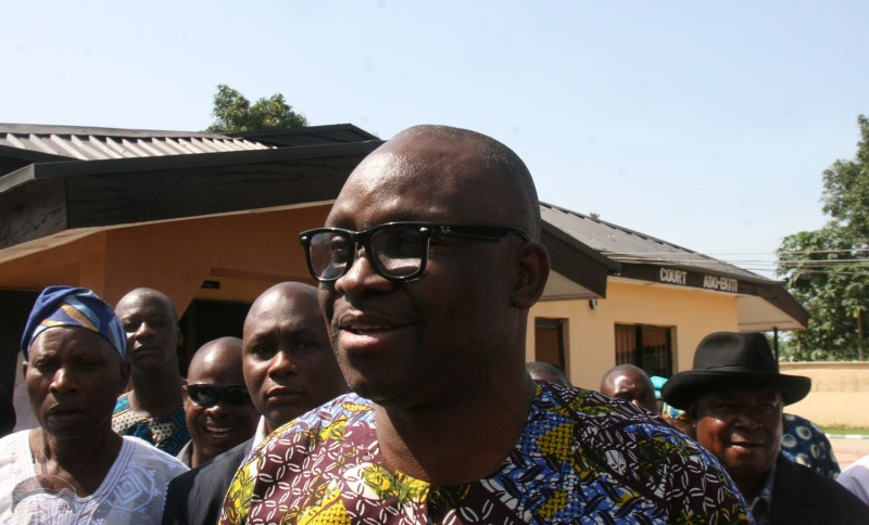 FAYOSE-IN-COURT.FEDERAL-HIGH-COURT-ADO-EKITI-035-e1412150007600