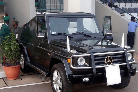 Open-roof customized Presidential G-Wagon