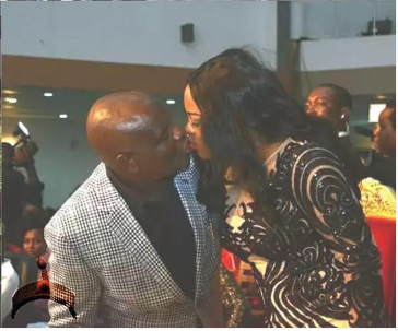 wike kissing wife