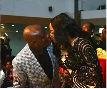 wike kissing wife