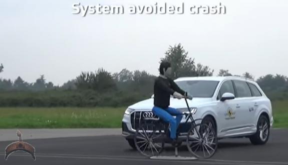 2020 Audi Q7 – Safe to Drive SUV – Crash & Safety Tests - Video2