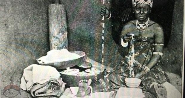 1906 picture of an Ìyánífá among the Ewe people.