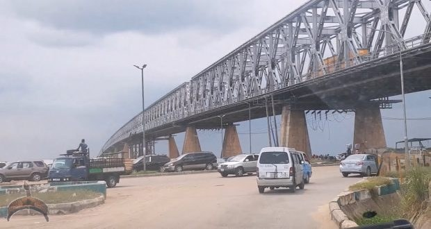 Upper Iweka Fly Overbridge, Onitsha, Anambra state