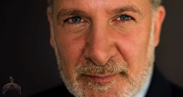 Peter Schiff, who claims rhe Intrinsic value of Bitcoin is none.